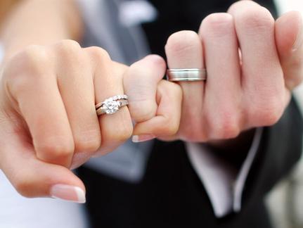 İstanbuldan Evlilik düşünen (24—33) yaşında Bayan arkadaş arıyorum